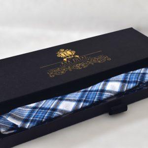 Modrá bavlnená kockovaná slim kravata