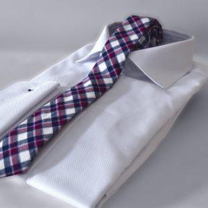 Luxusná bavlnená kravata šedej, modro vínovej farby kockovaného vzoru