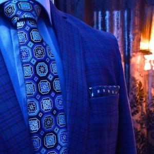 Modrý darčekový pánsky elegantný set Swarovski s vreckovkami do saka