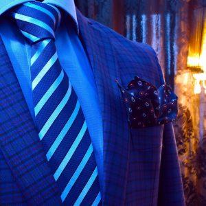Luxusný modrý pánsky darčekový set Swarovski s vreckovkou do saka