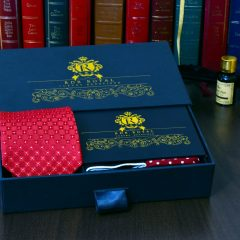 Čierno červený pánsky hodvábny darčekový set Leonidas