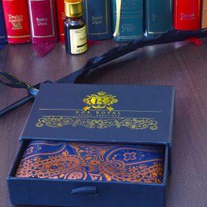 modro oranžová elegantná paisley vreckovka do saka