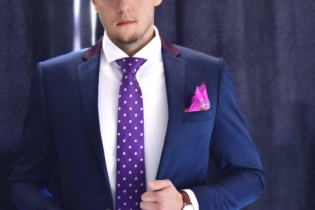 Fialová bodkovaná hodvábna kravata PURE LUXURY COLLECTION od RDB Royal